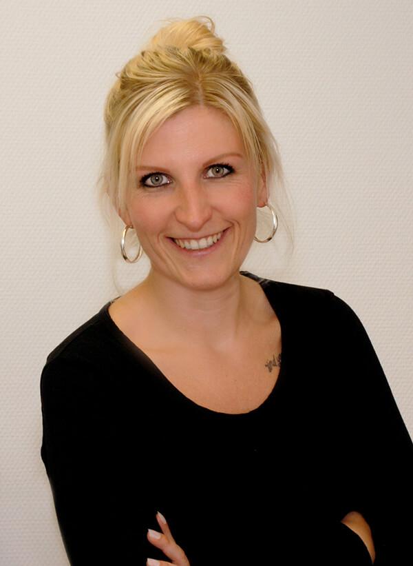 Hausarzt-Deggingen-Jung-Team-Anja-Kruszek